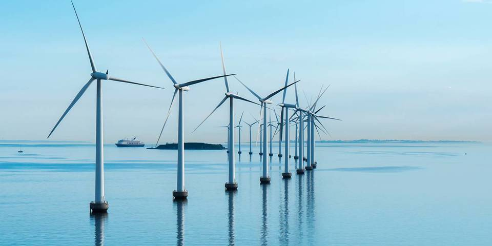 poulsen1_Marc StuderEyeEm Getty Images_windturbines