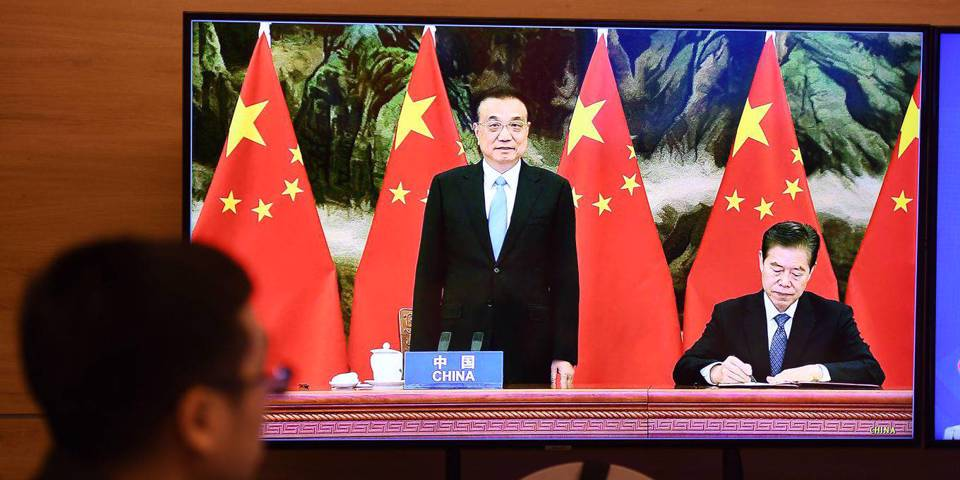 Америке следует переписать торговый контракт с Китаем