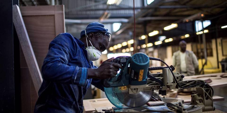 Как Африке следует подходить к торговле и индустриализации
