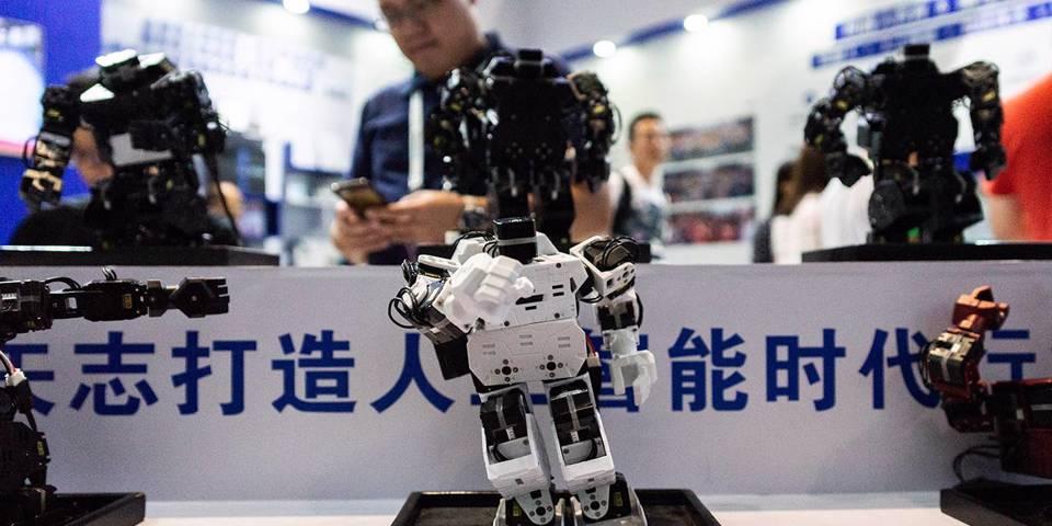 Китай и Запад мчатся вверх