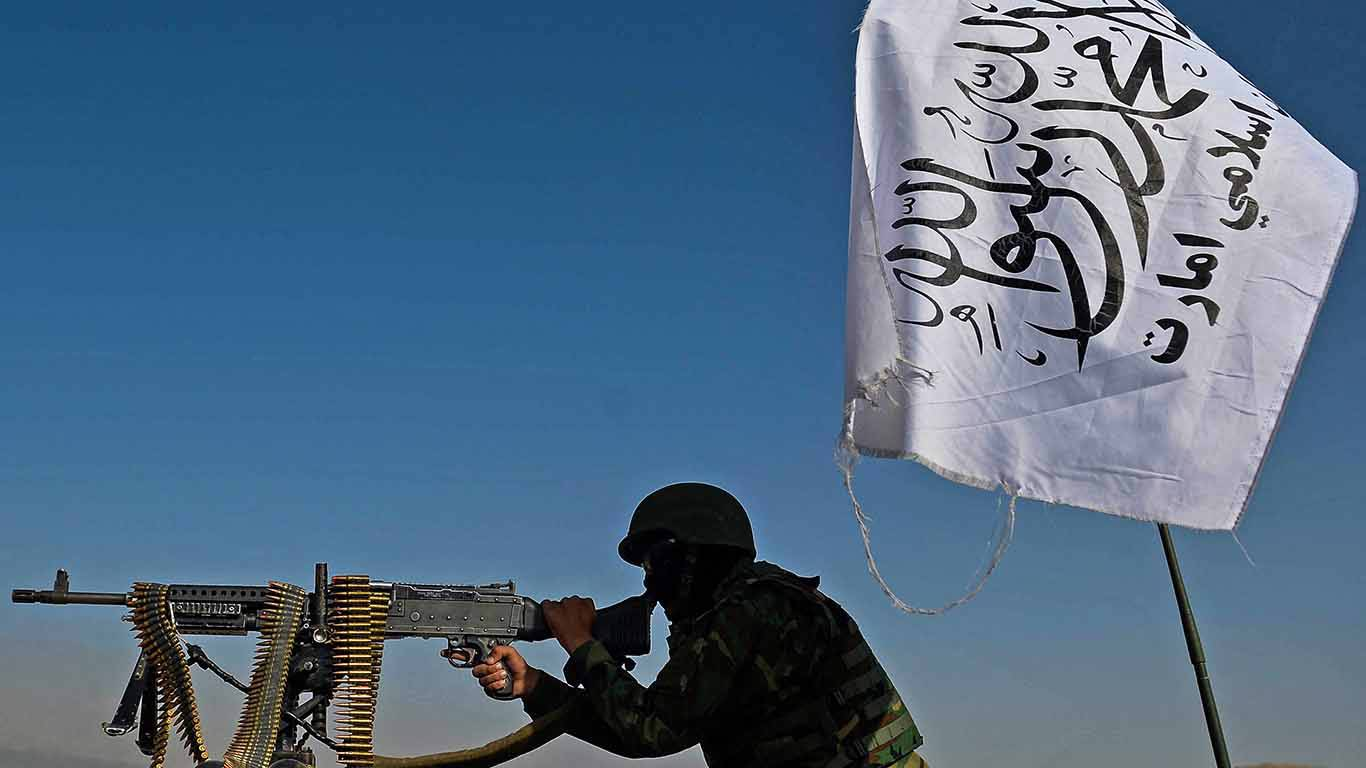 tharoor157_HOSHANG HASHIMIAFP via Getty Images_taliban fighter
