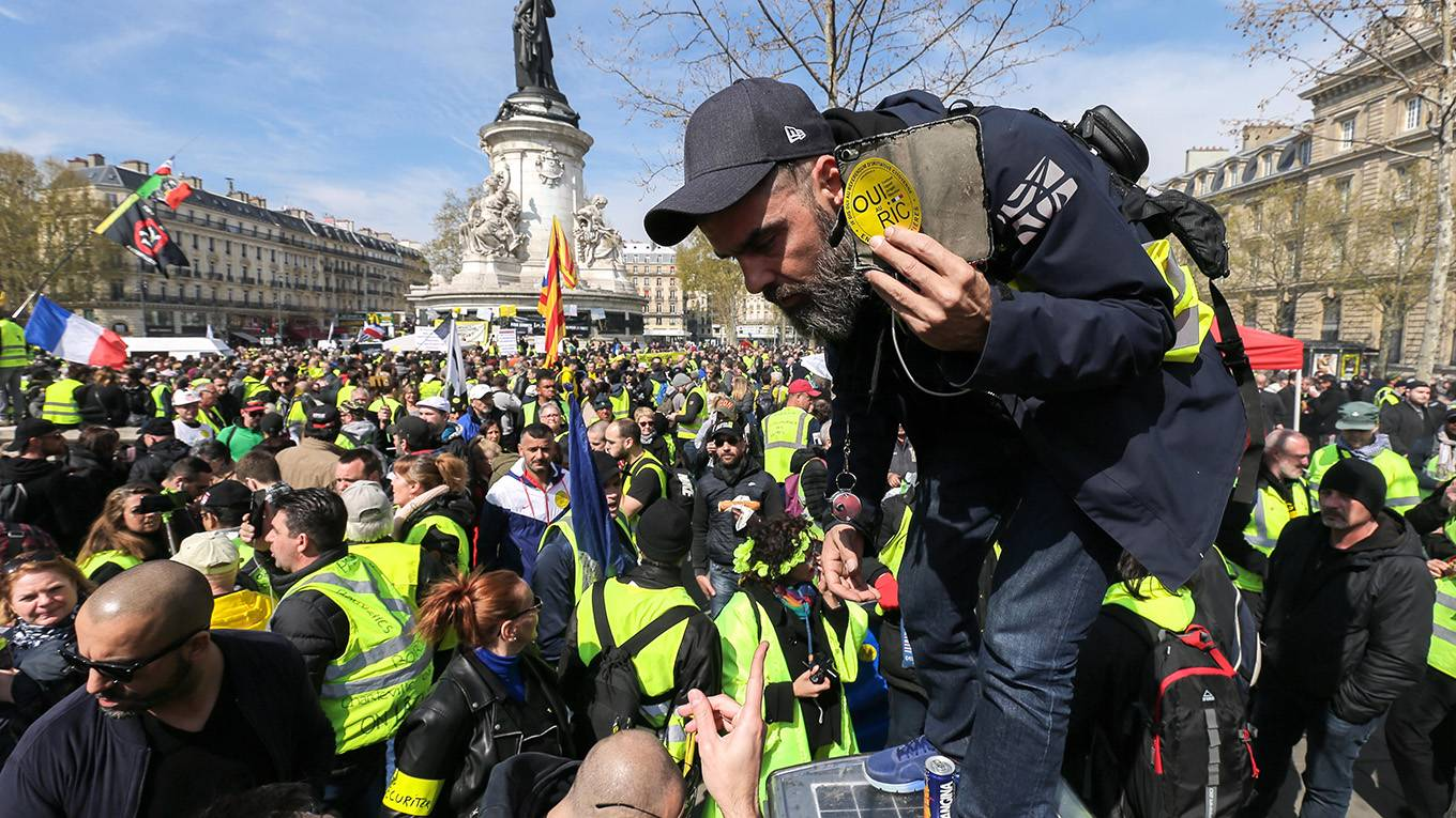 coyle6_Michel StoupakNurPhoto via Getty Images_yellow vests