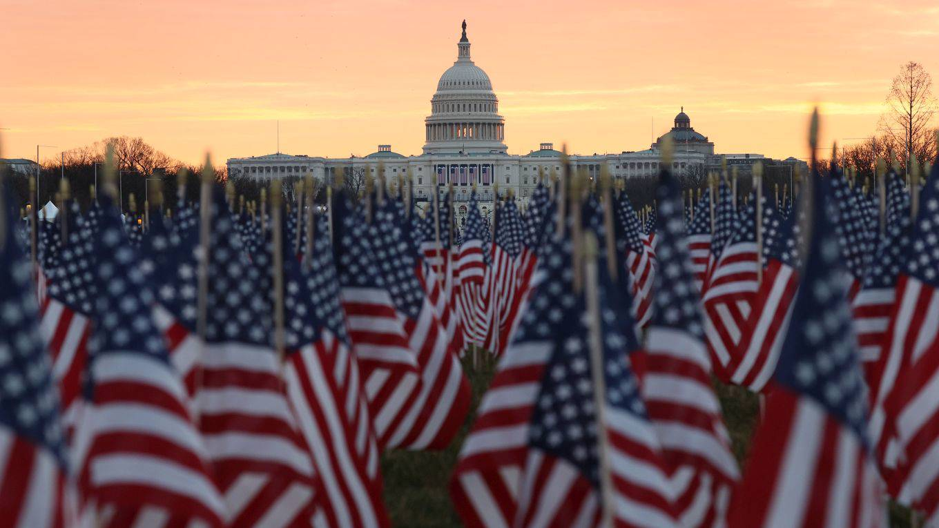 sachs335_Joe RaedleGetty Images_flags capitol