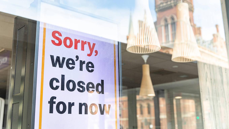 roubini142_william perugini_closed shops