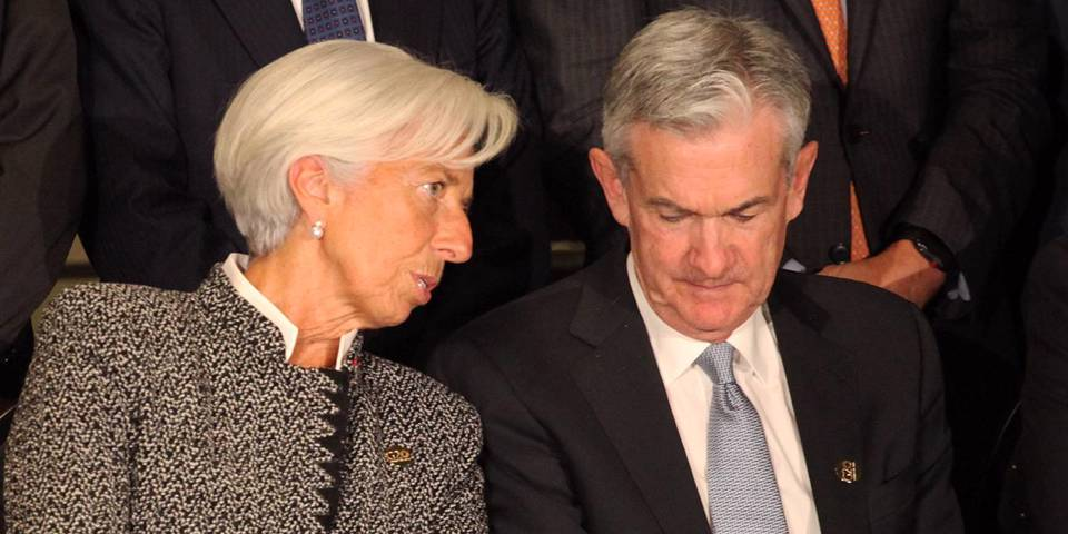 Restoring Central Banks' Credibility